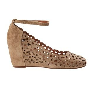 Jeffrey Campbell Taupe Delaisy Suede Wedge Pumps